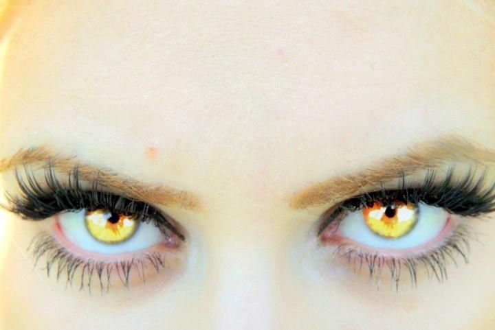 Los mejores consejos para minimizar las arrugas alrededor de los ojos