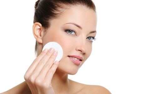 8 Ingredientes de Productos de Belleza Tóxicos para Cuidado Facial